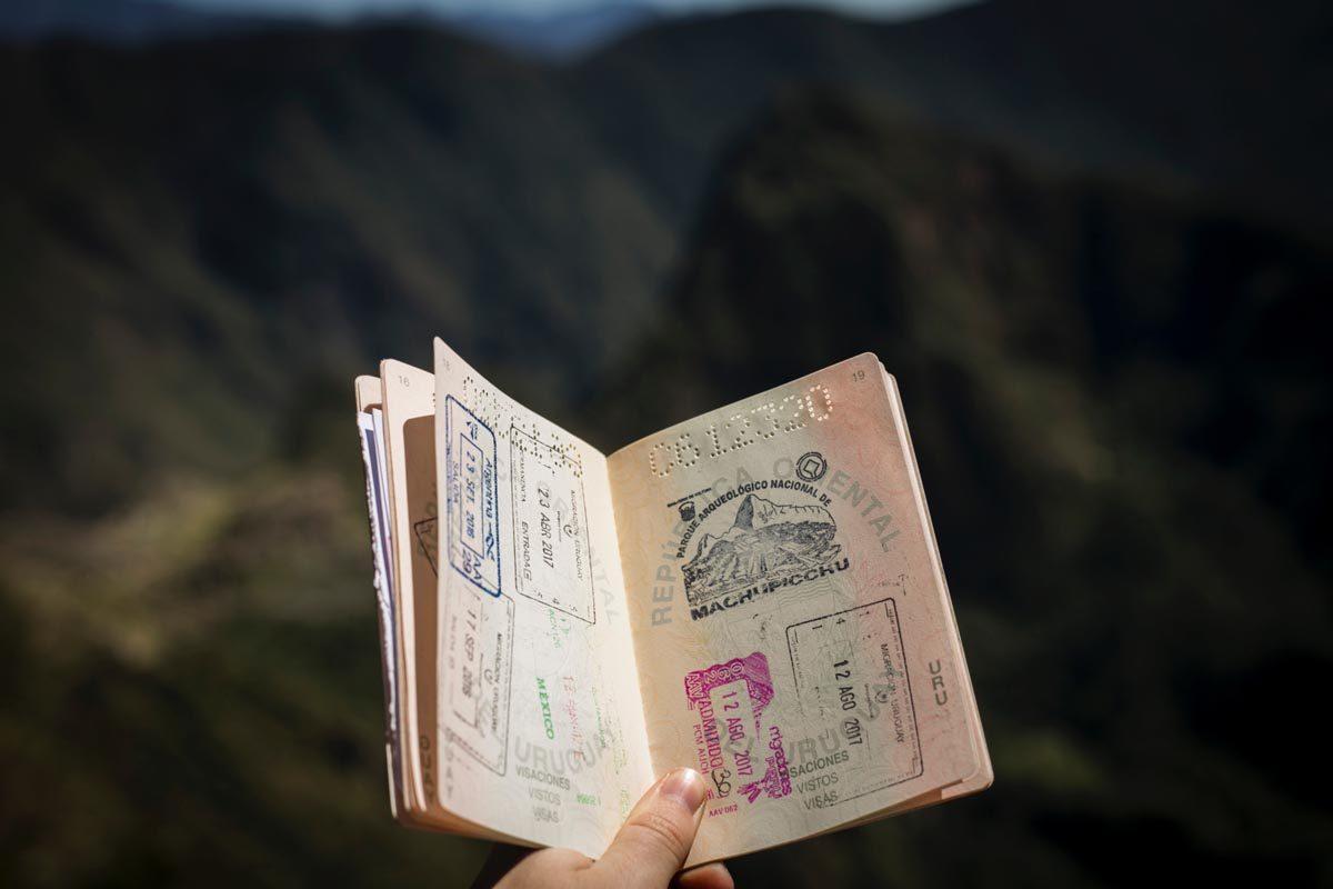 H-1 and H-4 Visa Holders and Filing Status